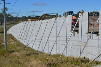 Ravenswood Calder Interchange Project Reinforced Earth® TerraPlus® precast concrete retaining walls