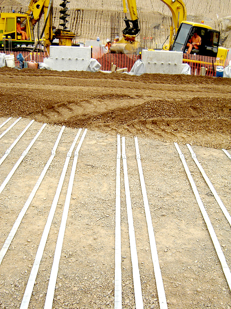 Placing Backfill over REhas® reinforcing strips