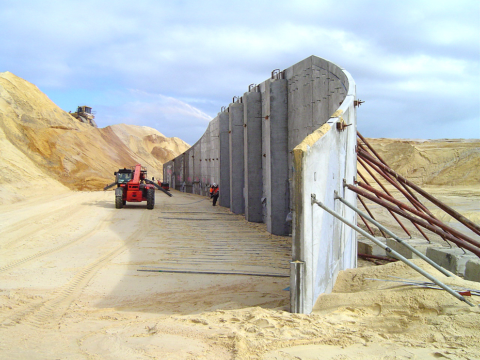 Construction of a TerraTilt® Retaining Wall